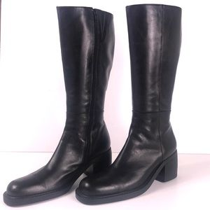 Kenneth Cole  Black Boots with Block Heel Sz 8